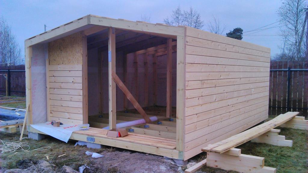 небольшой дачный домик 4х6м+